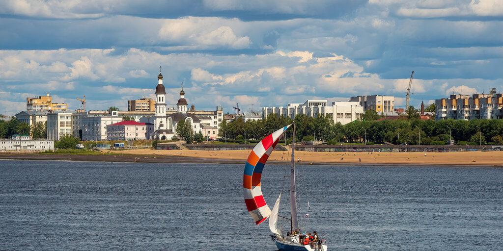 Архангельск с реки Северная Двина