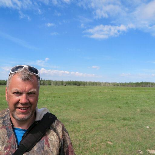 Якутия, вниз по Буотаме-реке. Убегая от бизонов