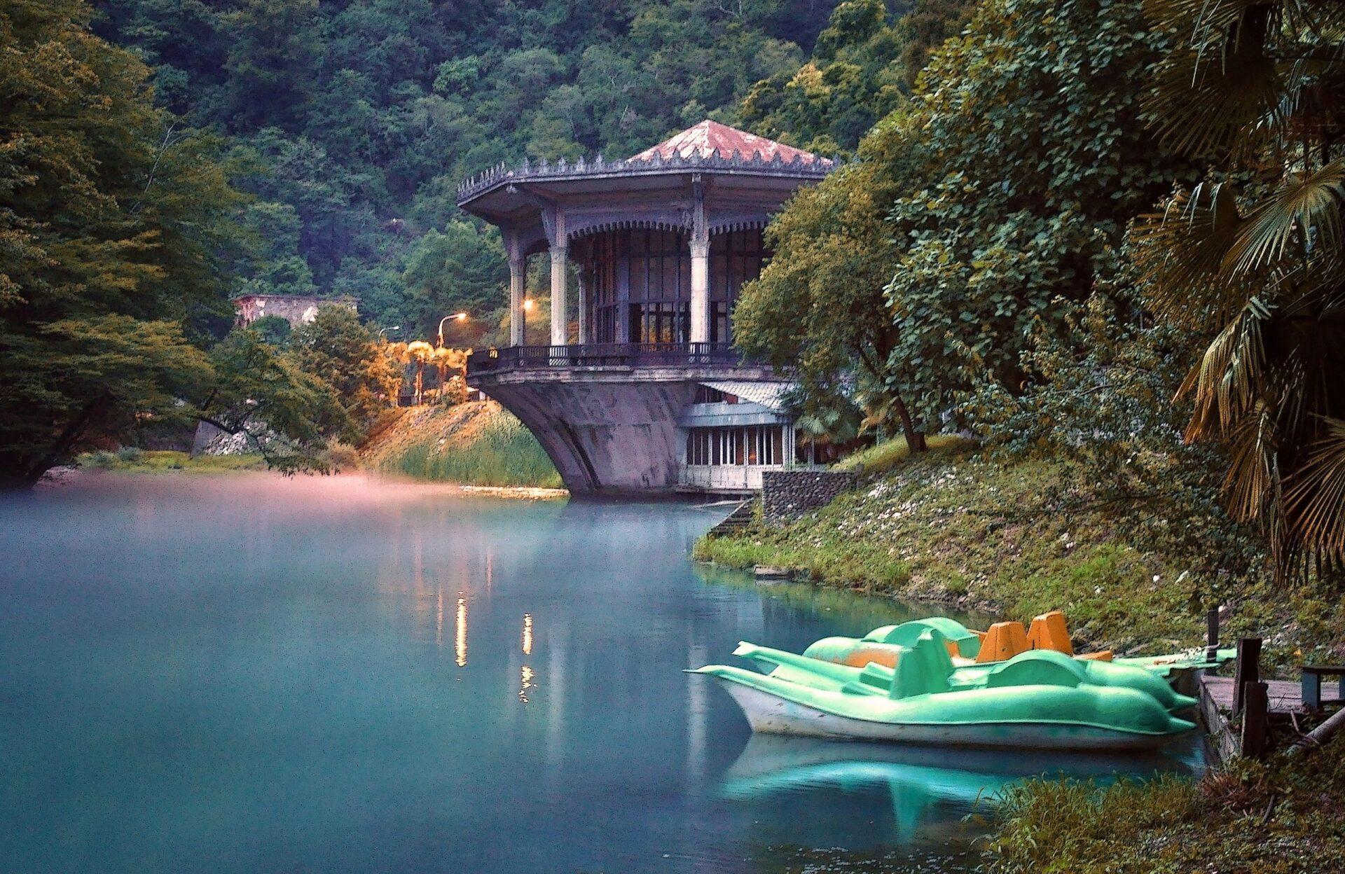 Абхазия: Водопад иУщелье реки Псырцхи