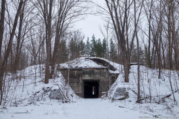 Заброшенный бункер вТамбовских лесах.