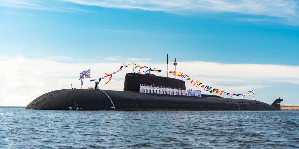 Подготовка к Дню Военно-морского флота в Питере и Кронштадте.