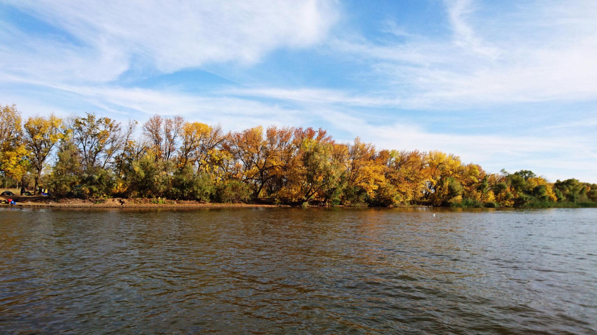 Волжские раскаты. Осенняя рыбалка.